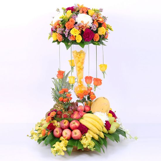 Giant Eid Fruit Arrangement