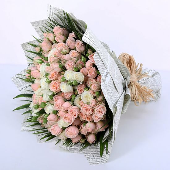 Peach and White Spray Rose Bouquet Best Online Flower Shop in UAE