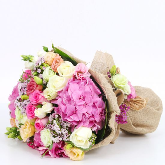 Alluring Bouquet from juneflowers Best Online Flower Shop in UAE