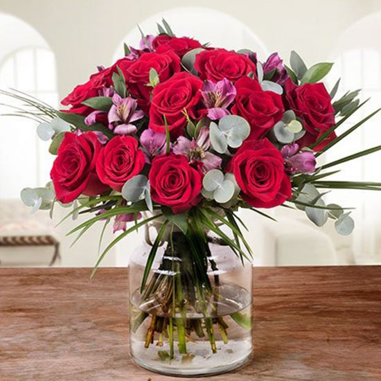 Dazzling Romance of Red Roses In Vase