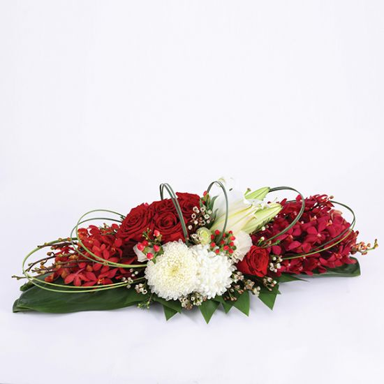 Red Rose Flat Table Arrangement